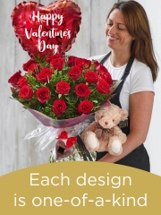 Valentine's 24 red rose hand-tied gift set