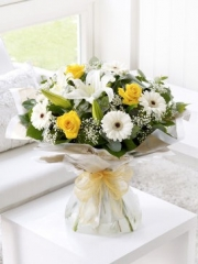 Lemon and White Hand-tied with Get Well Soon Balloon